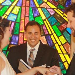 how to become a legal marriage officiant in texas